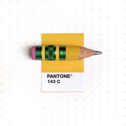 3048367-slide-s-4-20-tiny-objects-color-matched-with-pantone-chips