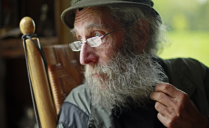 """Burt Shavitz"" ไอคอน และผู้ร่วมก่อตั้งแบรนด์ Burt's Bees เสียชีวิตแล้ว"