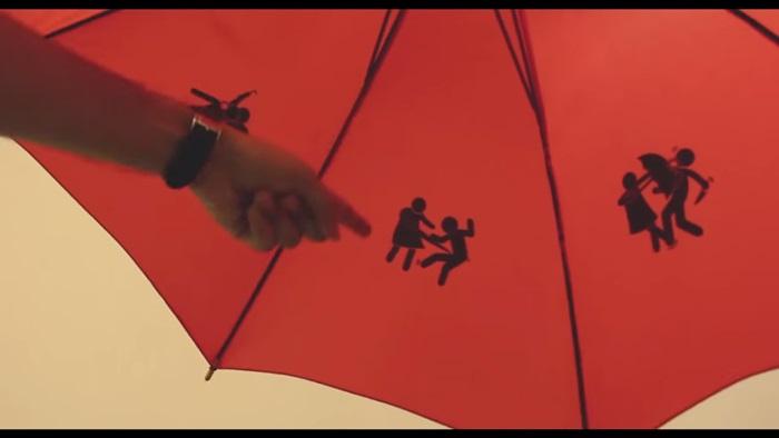 Vodafone ส่งร่มป้องกันตัวให้ผู้หญิงอินเดียปลอดภัยยิ่งขึ้น