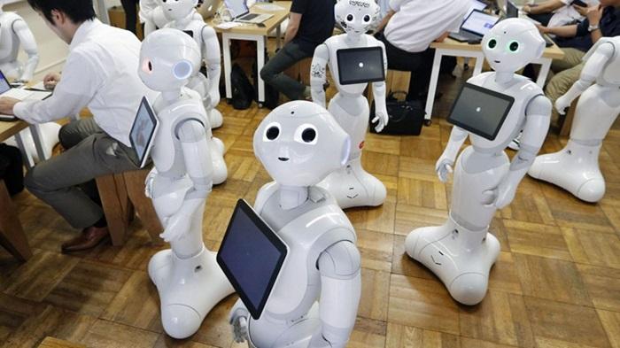 Softbank ส่งบริการให้เช่าหุ่นยนต์ต้อนรับสำหรับธุรกิจเดือนล่ะ 1.5 หมื่นบาท