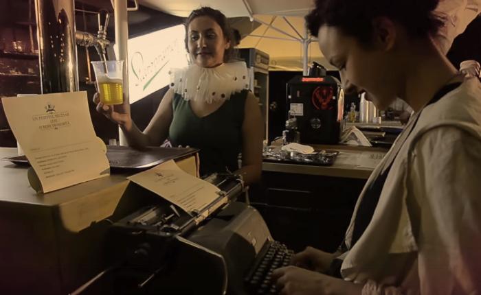 แบรนด์เบียร์จัดกิจกรรมสุดวินเทจ พิมพ์เรื่องเล่าผ่านเครื่องพิมพ์ดีด ยิ่งเล่ายาวยิ่งได้เบียร์ไปดื่มเต็มๆ แก้ว!