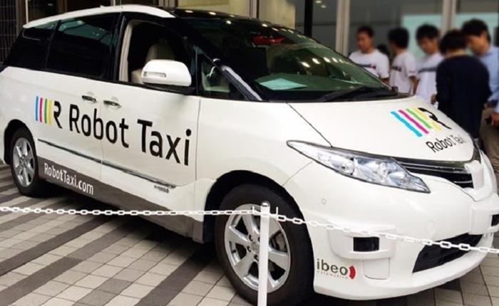 """ญี่ปุ่น เตรียมทดลอง """"แท็กซี่ไร้คนขับ"""" ภายในปีหน้า"""