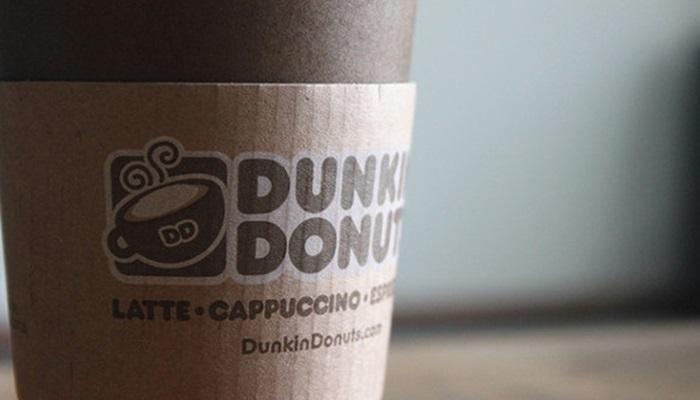 Walmart ปลดพนักงาน- Dunkin' Donuts ปิดสาขากว่า 100 สาขาในสหรัฐ