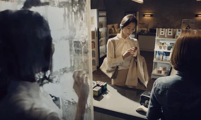 ชวนดูโฆษณาสุดอื้อฉาวจากเกาหลี เมื่อรัฐบาลชี้เป้าคนติดบุหรี่คือคนเป็นโรค!