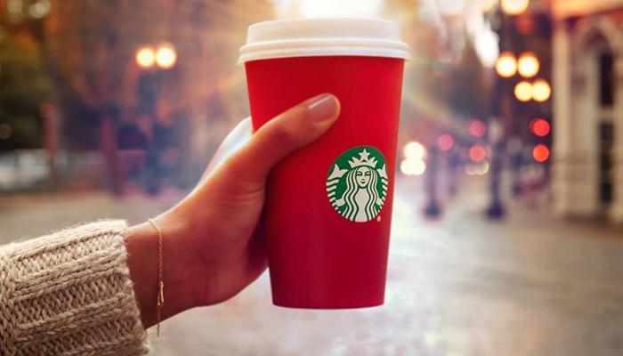 Starbucks เจอดราม่าลายแก้วคริสต์มาส'เรียบเกิน'-พลิกวิกฤตเป็นโอกาสสวยงาม