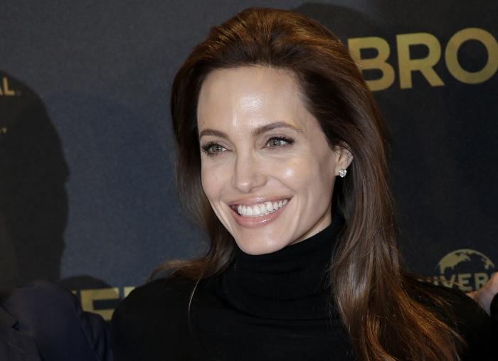 People-Angelina Jolie