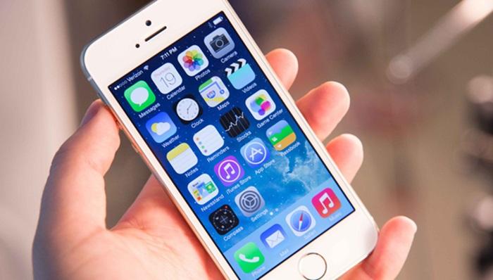 ลือ!iPhone จอ 4 นิ้วกลับมาขายปีหน้า