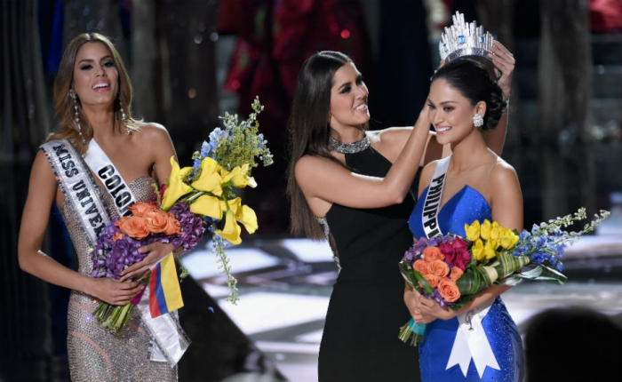 miss-universe-2015-pageant-ends-in-tears-as-wrong-winner-announced