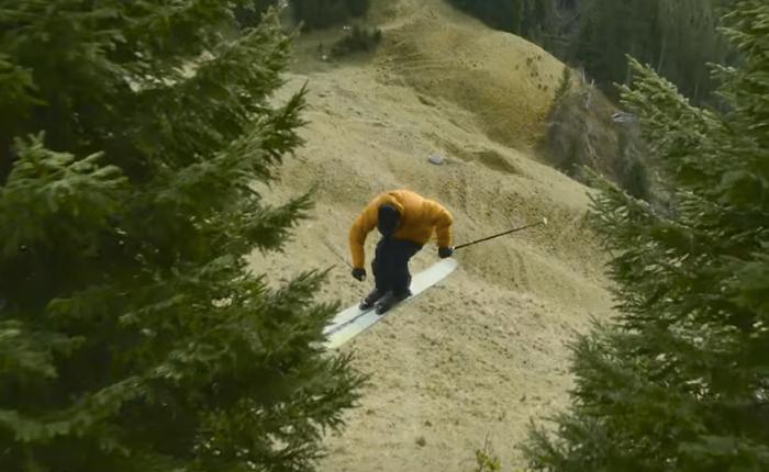 AUDI กับโฆษณาเว่อร์วัง! จับนักกีฬาสกีมาโชว์ฝีมือบนหญ้าเพื่อเทียบกับรถหรูว่าไม่ว่าสภาวะไหนก็เพอร์เฟกต์ที่จะ(ขับ)มันส์