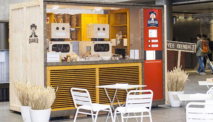 Quaker ตั้งตู้เสิร์ฟอาหารอัตโนมัติที่สถานีรถไฟ-ย้ำข้าวโอ๊ตเป็นอาหารเช้าสุขภาพ
