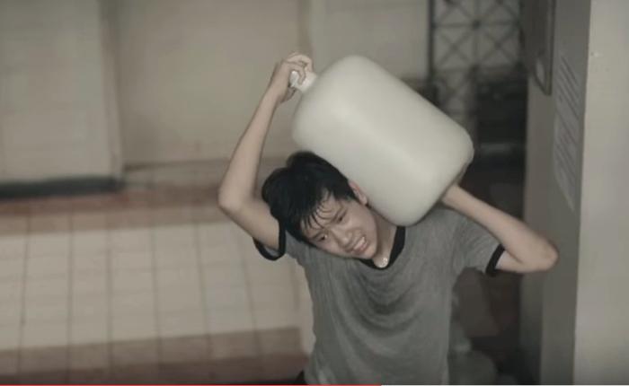 """""""โฮป"""" เด็กชายสู้ชีวิต แรงบันดาลใจสร้างหนังโฆษณาชื่นชมศักยภาพ """"โชห่วยไทย"""""""