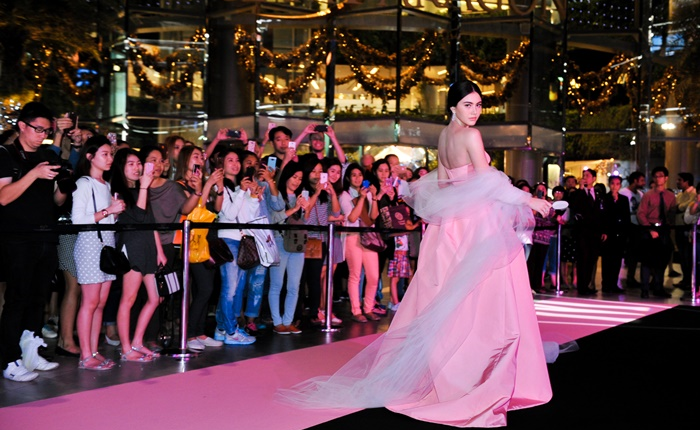 Magnum สานต่อแคมเปญระดับโลกสู่เมืองไทย เปลี่ยนแลนด์มาร์คใจกลางกรุงให้เป็น Pink&Black