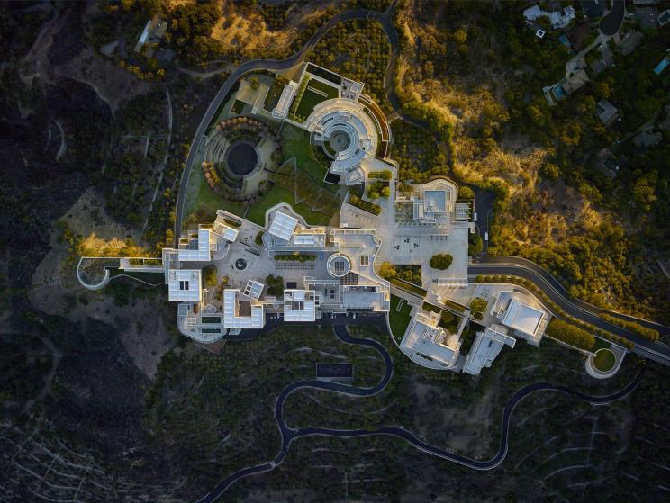 Parks and Recreation: Helicopter aerial photographs show where humans gather, America - 2015