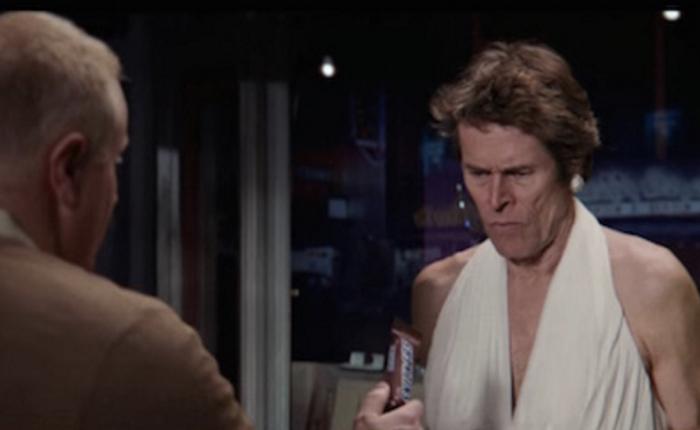 """Snickers เอาฮาเข้าว่า! จับวายร้ายฮอลลีวูดแปลงโฉมเป็นสาวเซ็กซี่ """"มาริลีน มอนโร"""""""