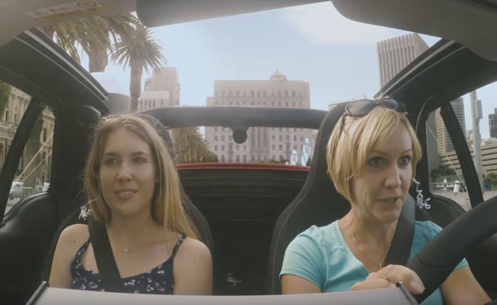 """ขับรถ """"สมาร์ท"""" ในหน้าร้อนอย่างไรให้มันส์สุดๆ คำตอบคือติดเครื่องจับเท็จเอาไว้ในรถไงล่ะ?"""