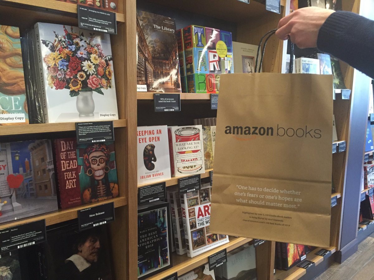 5-amazon-opens-its-first-ever-physical-bookstore