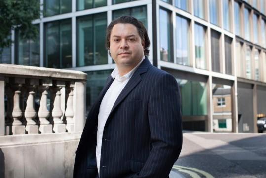 Wickham Anthony ผู้เป็น MD ของ Team Orchestra ของ OMD ในการดูแล Disney