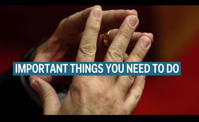 คลิปสั้นๆ ที่จะทำให้คุณรู้ว่าควรวางมือไว้ตรงไหน ระหว่างการสัมภาษณ์งาน