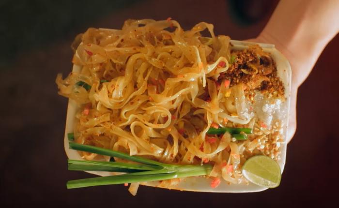 """""""ผัดไทย"""" สตอรี่ โปรโมทการท่องเที่ยวไทย ให้อะไรมากกว่าเรื่องของอาหาร"""