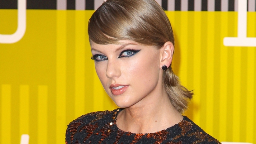 taylor-swift-pop-singer