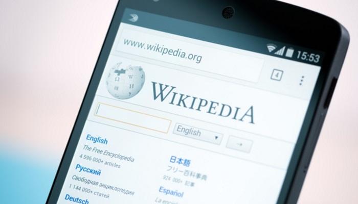 ผู้บริหาร Wikipedia ลาออกหลังเกิดศึกภายในบริษัท