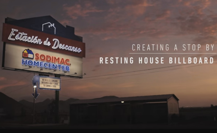 ร้านขายอุปกรณ์ก่อสร้าง ใช้สินค้าตัวเองสร้างบ้านพักระหว่างทาง ใครขับผ่านพักฟรี