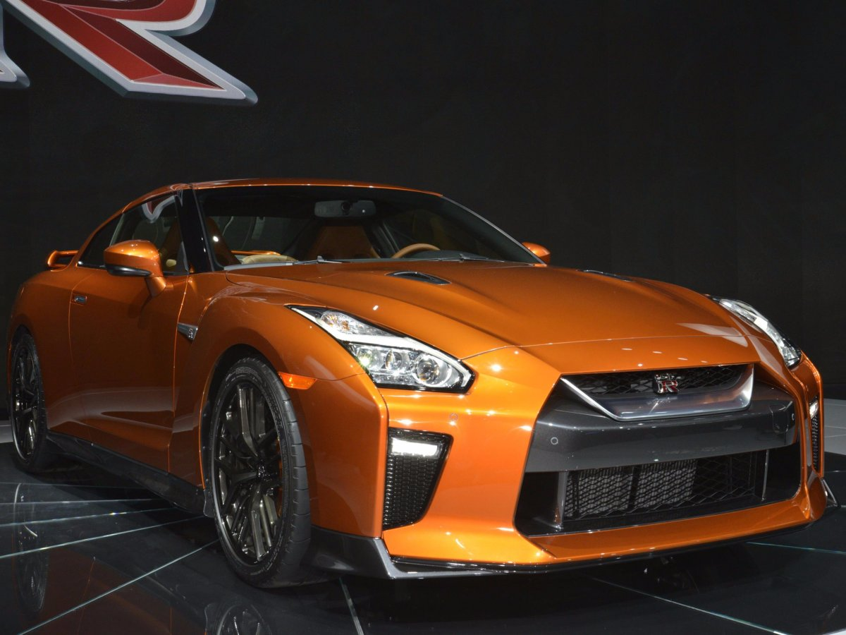 nissan-unveiled-an-updated-version-of-its-long-serving-gt-r-sports-car
