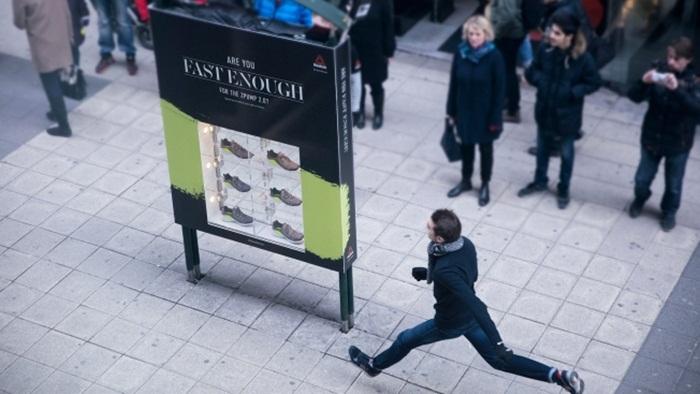 Reebok ส่งบิลล์บอร์ดจับความเร็ว-ใครวิ่งเร็วรับรองเท้าไปใส่ฟรี