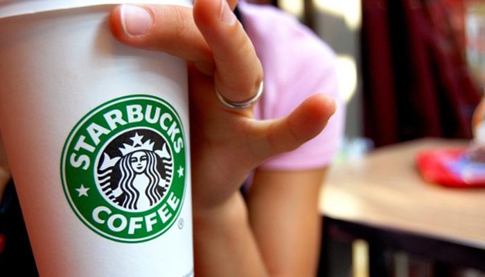 Starbucks มะกันถูกฟ้อง…ข้อหาเติมกาแฟไม่เต็มแก้ว!?