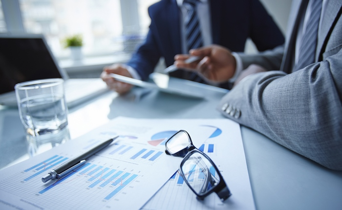 ความไม่แน่นอนในประเทศไทย ที่นักการตลาดและนักธุรกิจควรรู้เพื่อวางกลยุทธ์ทำธุรกิจ