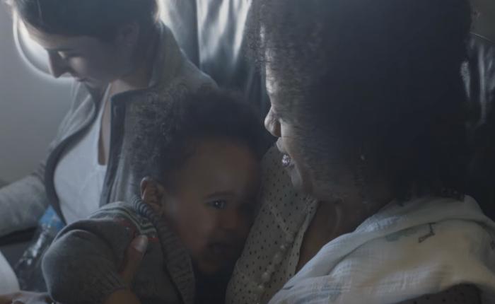 สายการบิน JetBlue ฉลองวันแม่ด้วยโปรโมชั่นสุดน่ารัก ยิ่งเด็กร้องบนเครื่อง ลูกทัวร์ทั้งลำยิ่งได้ส่วนลด