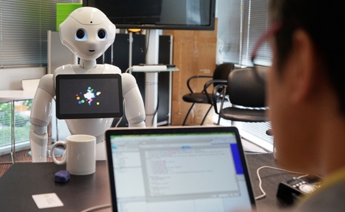 มาสเตอร์การ์ด พาหุ่นยนต์ Pepper สร้างประสบการณ์ใหม่ให้กับ Pizza Hut Asia