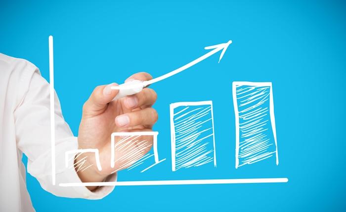ย้อนดูอัตราการเติบโตของ Follower ใน Social Media แบบเดือนต่อเดือน