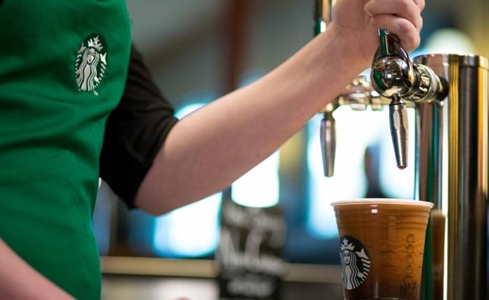 """""""Starbucks"""" เปิดตัวกาแฟอัดแก๊สไนโตรเจน สร้างรสสัมผัสคล้ายดื่มคราฟท์เบียร์"""