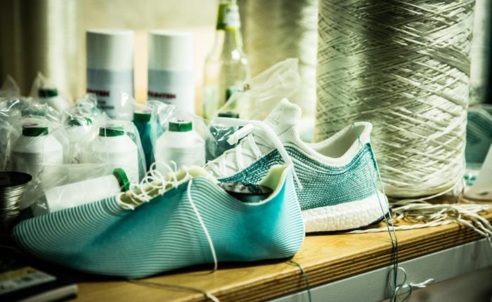 Adidas ร่วมอนุรักษ์ธรรมชาติทางทะเล ออกรองเท้ารุ่น Limited Edition ทำจากพลาสติกรีไซเคิลทั้งหมด