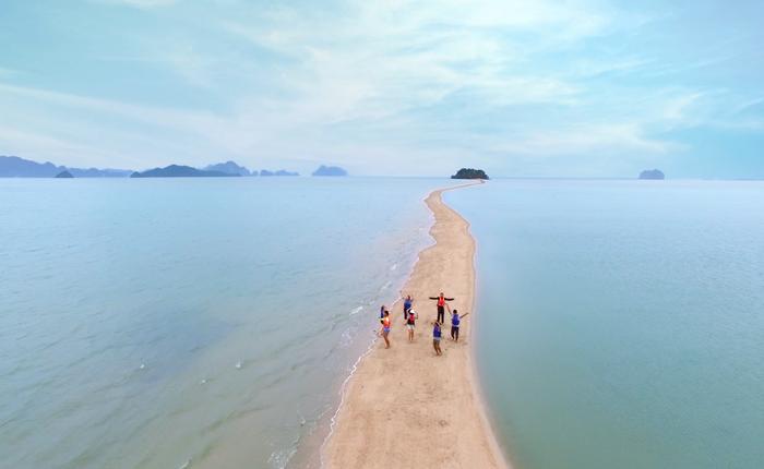 Relevance Marketing เน้นความใกล้ชิด เป็นกันเอง เมื่อ ผู้ว่าฯ ททท.นำทีมพนักงานททท.ชวนเที่ยวไทย ผ่านโฆษณา #จับมือเที่ยวไทย