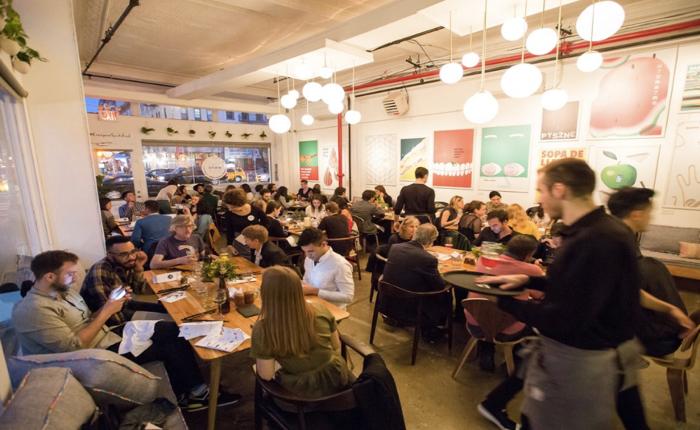 ฉลอง 10 ปี เว็บแปลภาษา กูเกิลเปิดร้านอาหารนานาชาติ ให้ลูกค้าหลายเชื้อชาติมากินฟรี