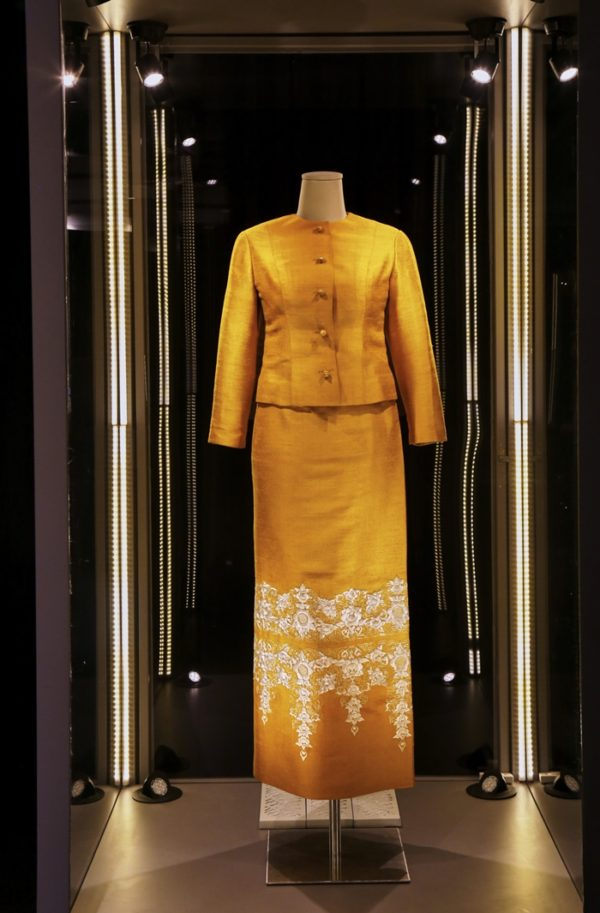 1queen-sirikit-dress-2-600x913