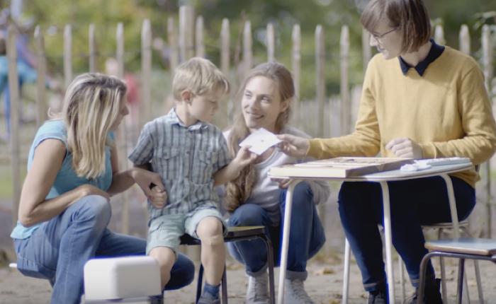 แบรนด์พลาสเตอร์ปิดแผลรู้วิธีเอาใจเด็ก เปลี่ยนน้ำตาเป็นงานศิลป์ขนาดจิ๋ว เพื่อการเจ็บแล้วจำ