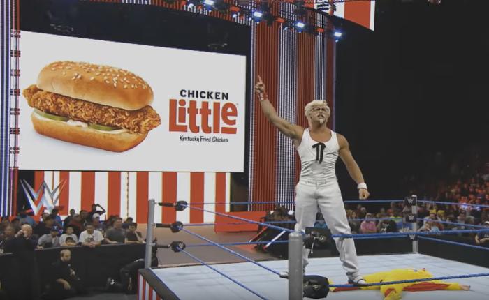 KFC ใช้เวทีมวยปล้ำและผู้พันแซนเดอร์หุ่นบึ้ก มาอัดคู่แข่งว่าเป็นได้แค่ไก่ทอดหางแถว!