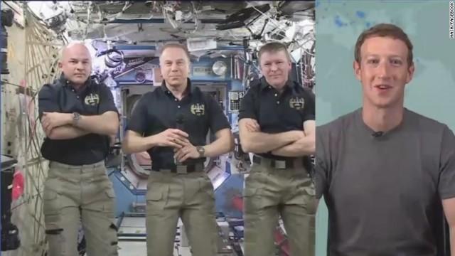 Mark Zuckerberg Live คุยสดกับนักบินอวกาศบน ISS