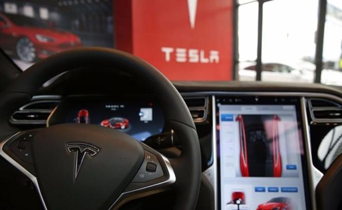 Tesla ประกาศการอัพเกรดระบบ Autopilot ใหม่ เน้นเรื่องความปลอดภัย