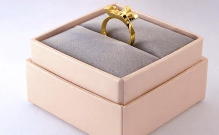 เอเจนซี่โฆษณากับธุรกิจใหม่สร้างแอปฯ สแกนคลื่นหัวใจส่งไปทำแหวนที่ระลึก!