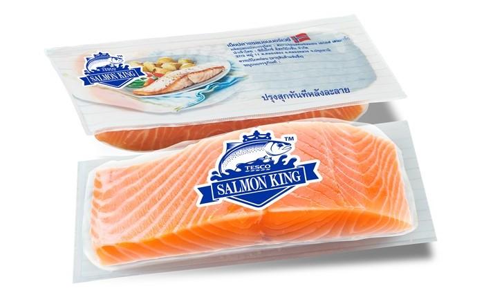 """เทสโก้ โลตัส แนะนำผลิตภัณฑ์ใหม่ """"เทสโก้ แซลมอน คิง"""" ปลาแซลมอนสายพันธุ์ดีส่งตรงจากประเทศนอร์เวย์"""
