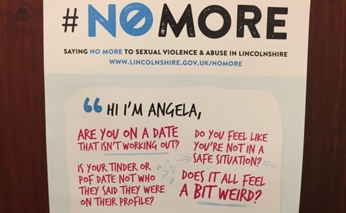 """พอกันทีกับปัญหาความรุนแรงและการคุกคามทางเพศ ด้วยโปสเตอร์ไอเดียล้ำจากเมืองผู้ดี """"Ask For Angela"""""""