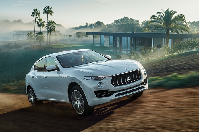maserati-levante-front-three-quarte-in-motion-01