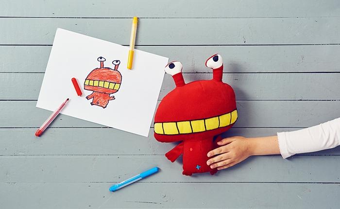 เก่งชะมัด! เด็กไทยติด 1 ใน 10 ร่วมประกวดออกแบบตุ๊กตาผ้าให้ IKEA ออกวางจำหน่ายทั่วโลก