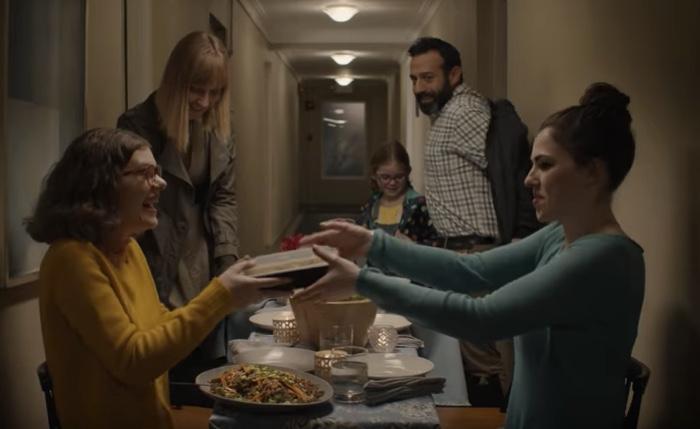 แบรนด์อาหารสร้างวาระแห่งชาติ ชวนคนแคนาดาทั้งประเทศห่างจากจอแอลอีดีและหันหน้ามาร่วมคุยกันบนโต๊ะอาหาร