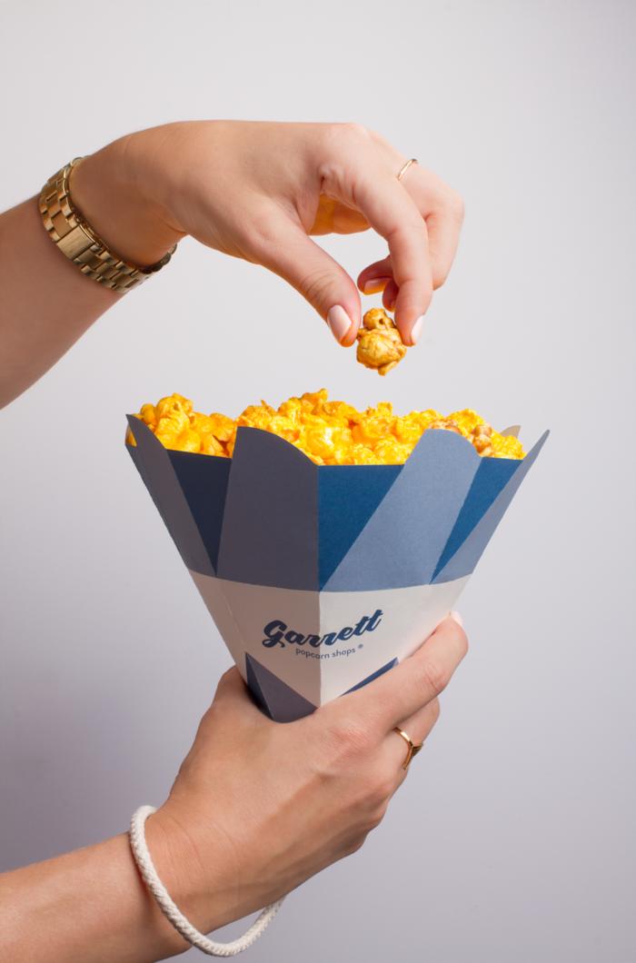 garrett-popcorn-shops-cones-4