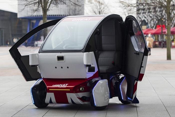driverlesscar2704a
